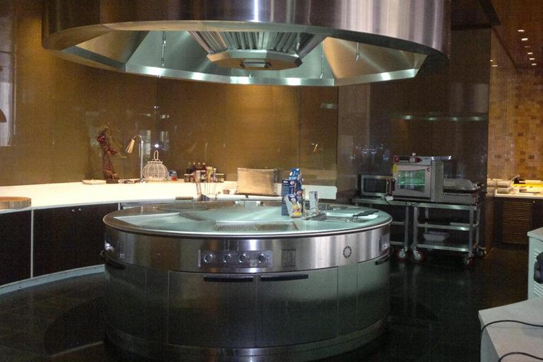 Round Cooking Block - Novotel